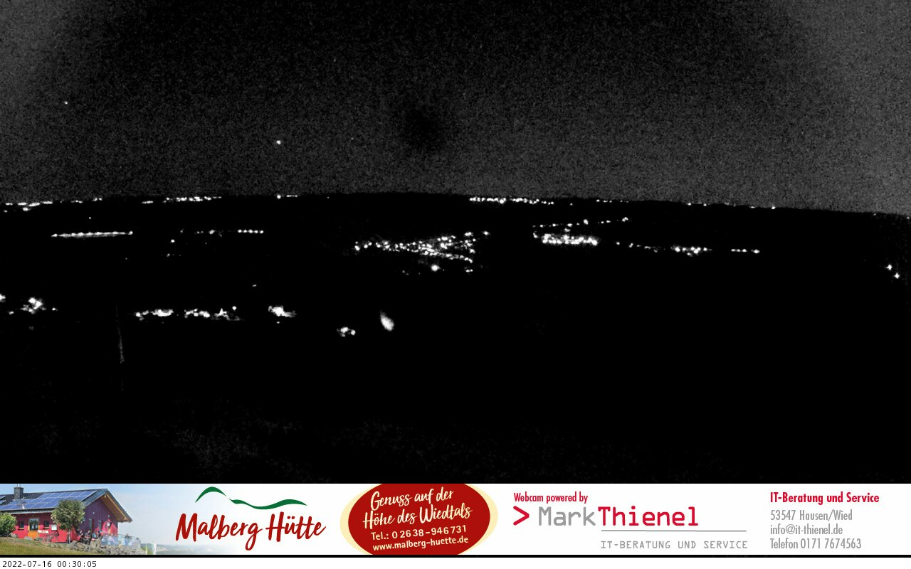 Blick von der Malberg-Hütte ins Wiedtal